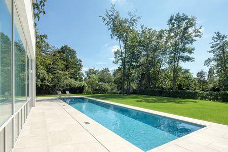 Ssf pools by klafs der erfahrene pool hersteller und for Garten pool hersteller
