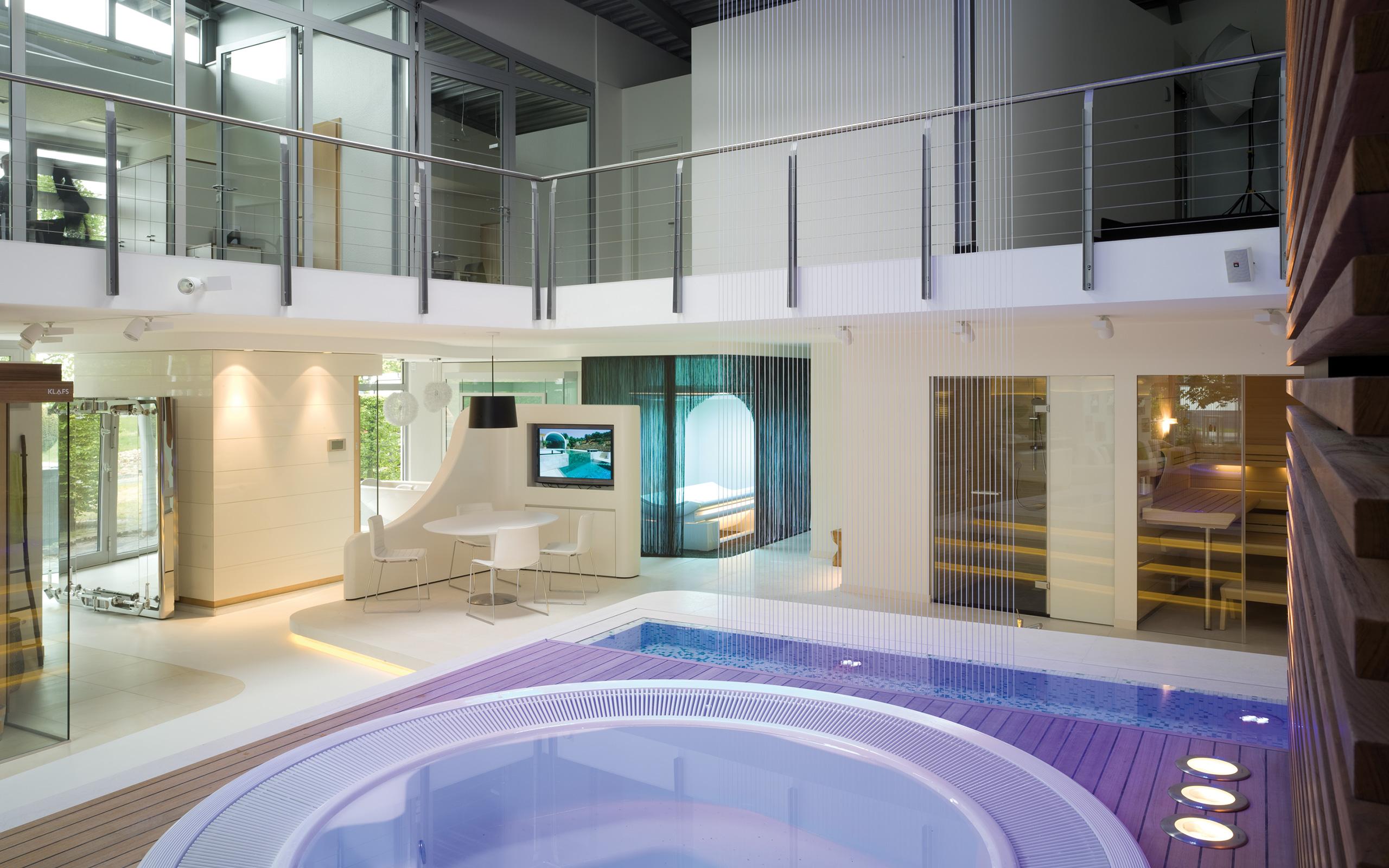 schwimmbad und pool ausstellung in meerbusch ssf pools. Black Bedroom Furniture Sets. Home Design Ideas