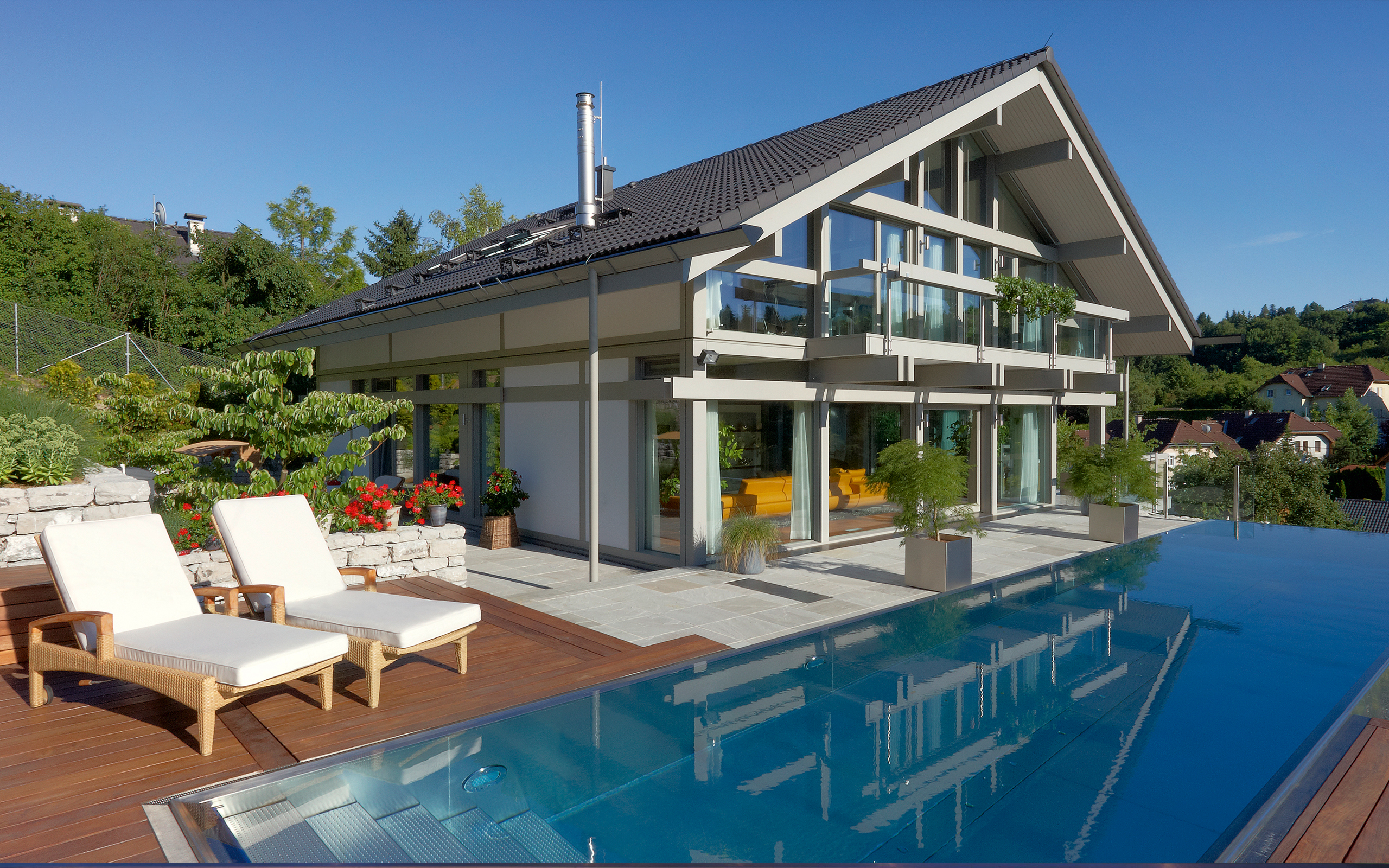 edelstahl in bestform panorama pool mit infinity berlaufrinne. Black Bedroom Furniture Sets. Home Design Ideas